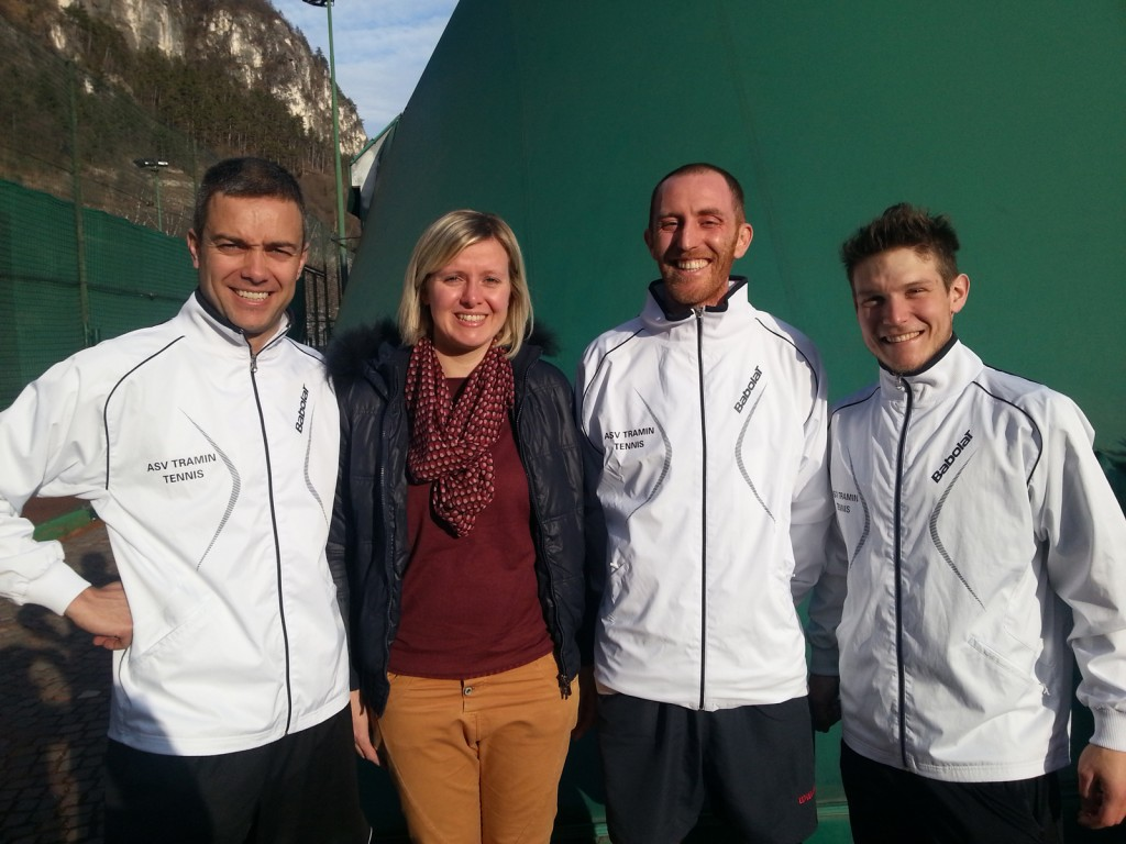 Hannes, Karin, Daniel und Markus bei einem Wintercup Spiel 2015