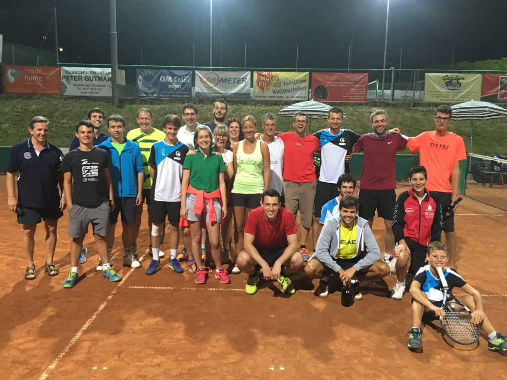 Teilnehmer des Gaudi - Doppel - Turniers 2016